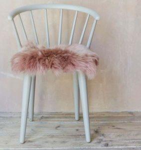 PINK FLUFFY SEAT PAD
