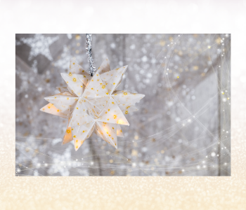 Starry, shimmering light ornaments